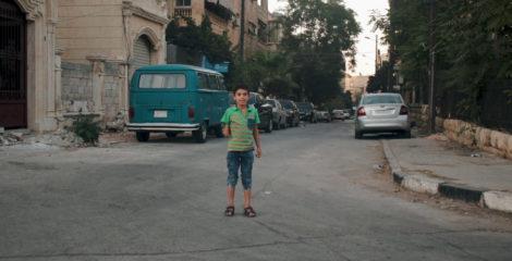 سمارت هاند.. يد ممتدة لأطفال سوريا