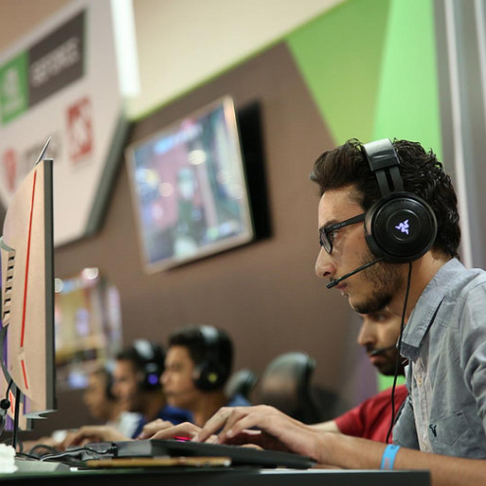 ما دور الفعاليات في قطاع الرياضات الإلكترونية؟