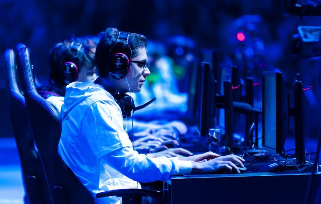 دبي تستضيف أول بطولة مدارس لألعاب الكمبيوتر  في الشرق الأوسط