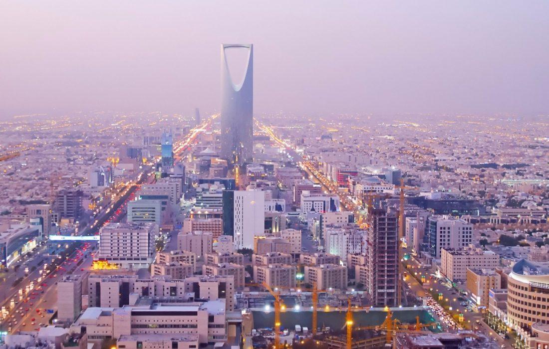 """""""بنك أوف أميركا"""": """"الاستثمارات العامة"""" يضبط الأوضاع المالية في السعودية"""