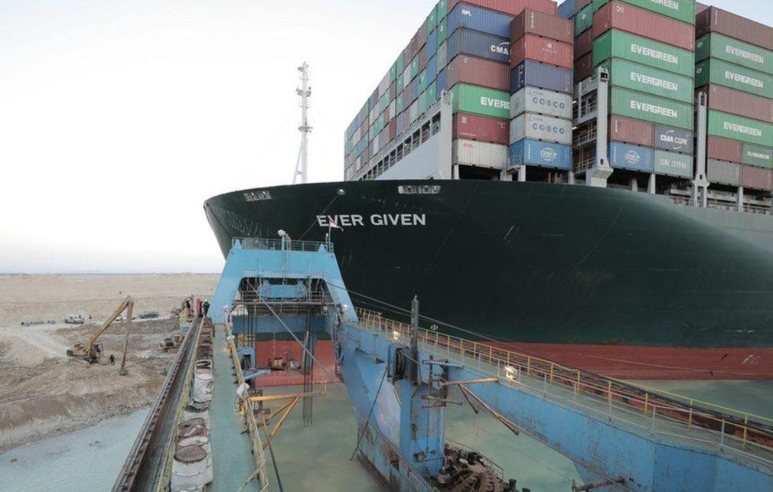 تعديل مسار السفينة الجانحة بقناة السويس بنسبة ٨٠٪