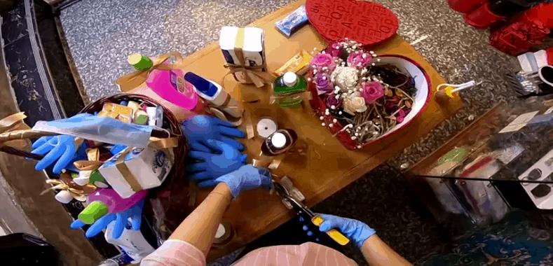 Iraqi Florist Creates COVID-19 Gift Baskets